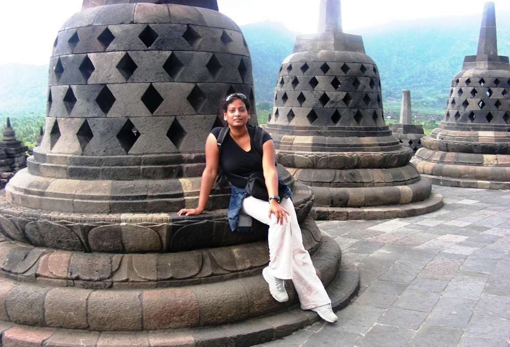 At the top - the views are fantastic. Try reaching into the bell to touch the Bodhisattva seated inside - you cant !!!!!